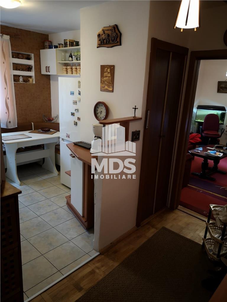 Apartament 3 camere, etaj 1, Spital Judetean